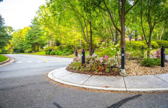 Asheton Park Roundabout
